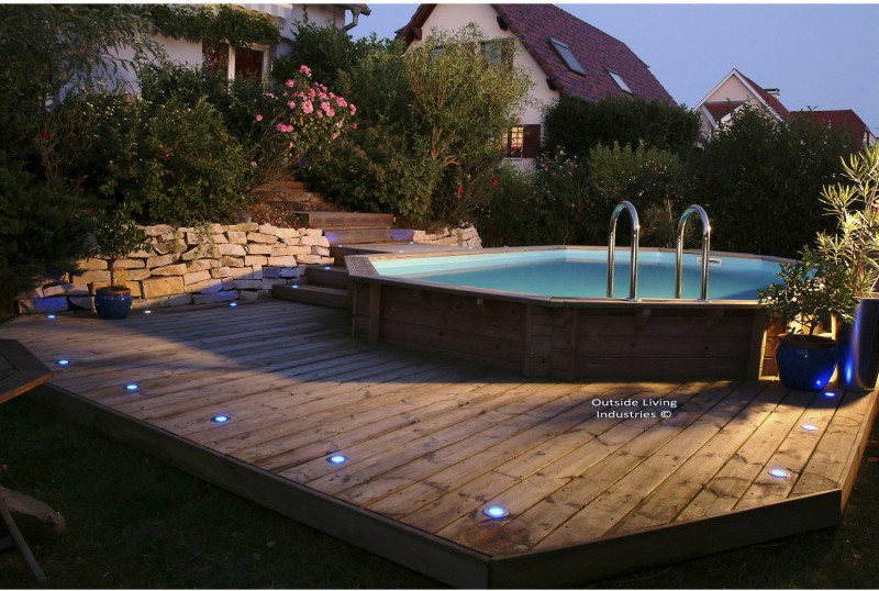 Installer une mini piscine for Piscine hors sol bois semi enterree