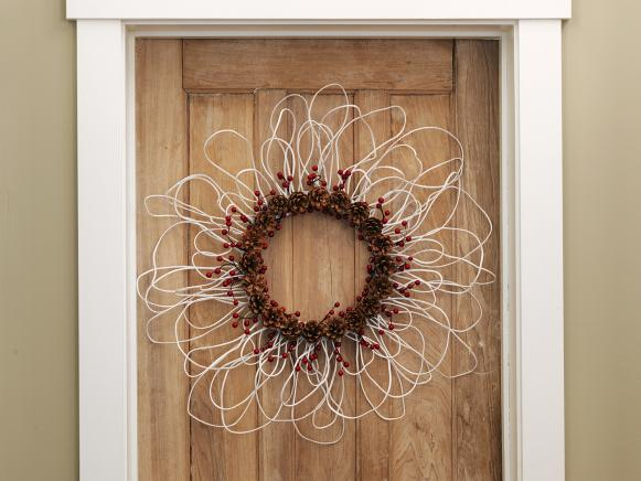 Susan-Teare-Wreath-Made-From-Coat-Hangers