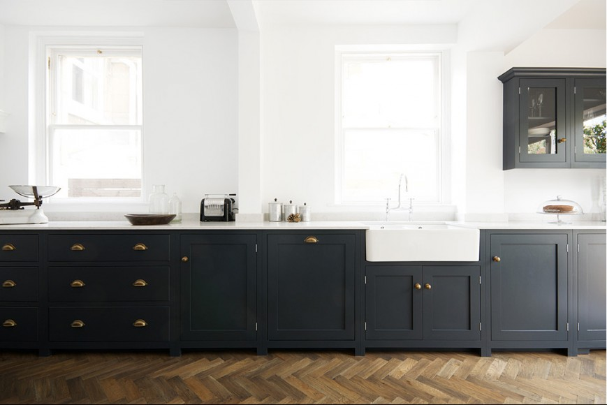 shaker-bath-kitchen-pantry-blue-sink-run