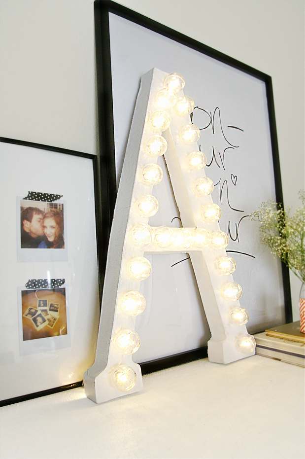 DIY : Marquee Letters // Ashley at Sugar & Cloth via Grey likes nesting