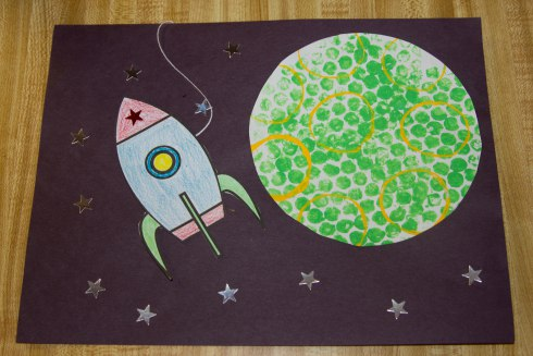 Outer Space Crafts // Hand-Me-Down ideas