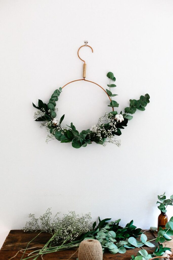 CHRISTMAS SPIRIT, AND SOME FESTIVE WREATH MAKING // Freckle and wruff