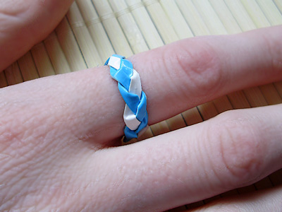Braided Duct Tape Ring // Craft snob