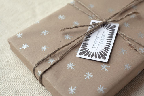 DIY Kraft Paper Gift Wrap // Wit and Whistle