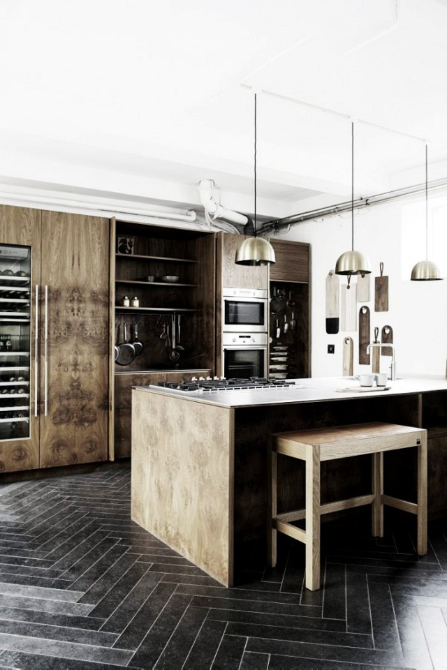 inside-the-cool-industrial-home-of-a-furniture-designer-1496610.640x0c