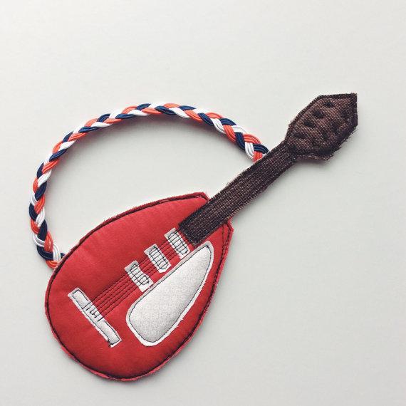 Bowie-guitar-alittlevintage.jpg