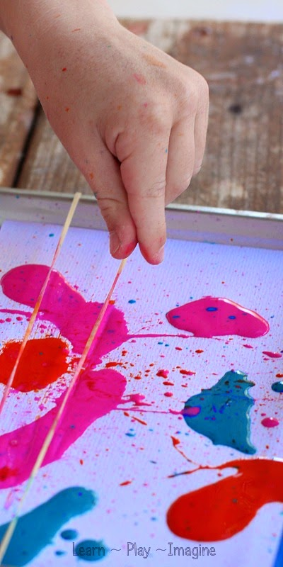 Fizzy Rubber Band Painting