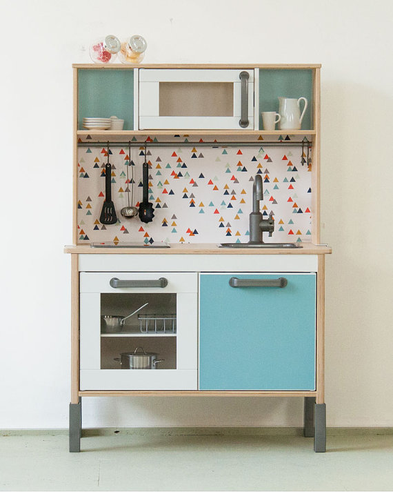 Model Ede Salon Moderne :  enfant  5 manières de customiser la mini cuisine Ikea Duktig