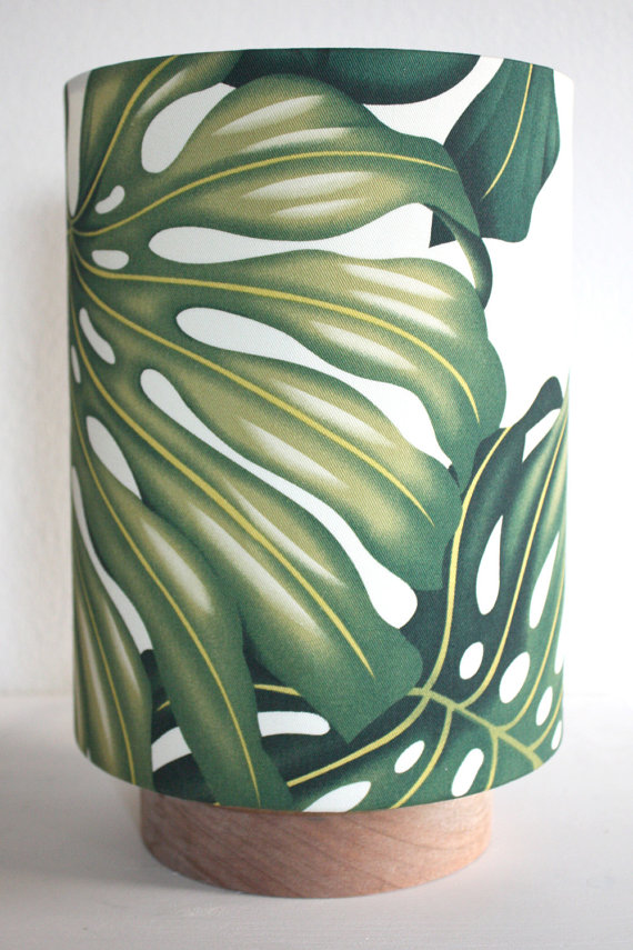 Monstera leaf table lamp