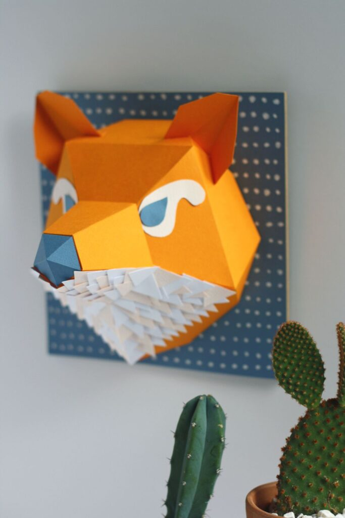 foxy-paper-hipolyte