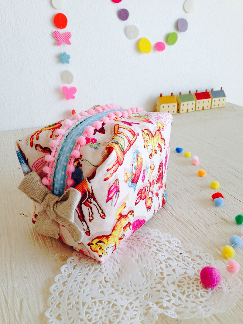 kokka-fabric-pouch_candy_party