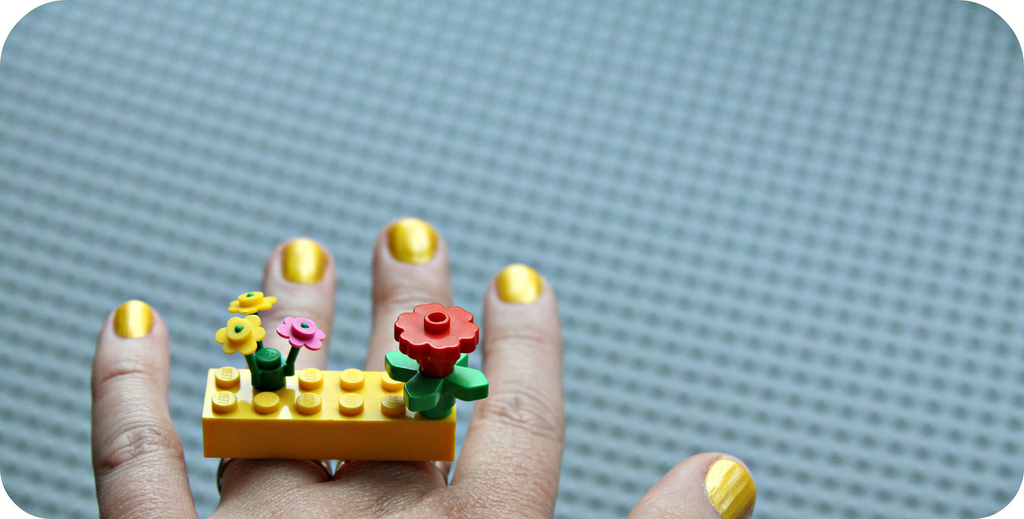 whimsy-love-lego-rings