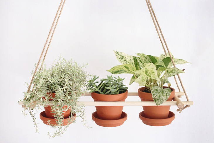 DIYHangingPlanter-themerrythought