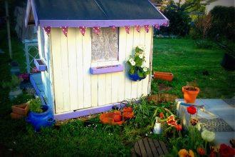 Le tuto de la cabane de jardin par Lili joue maman bricole !