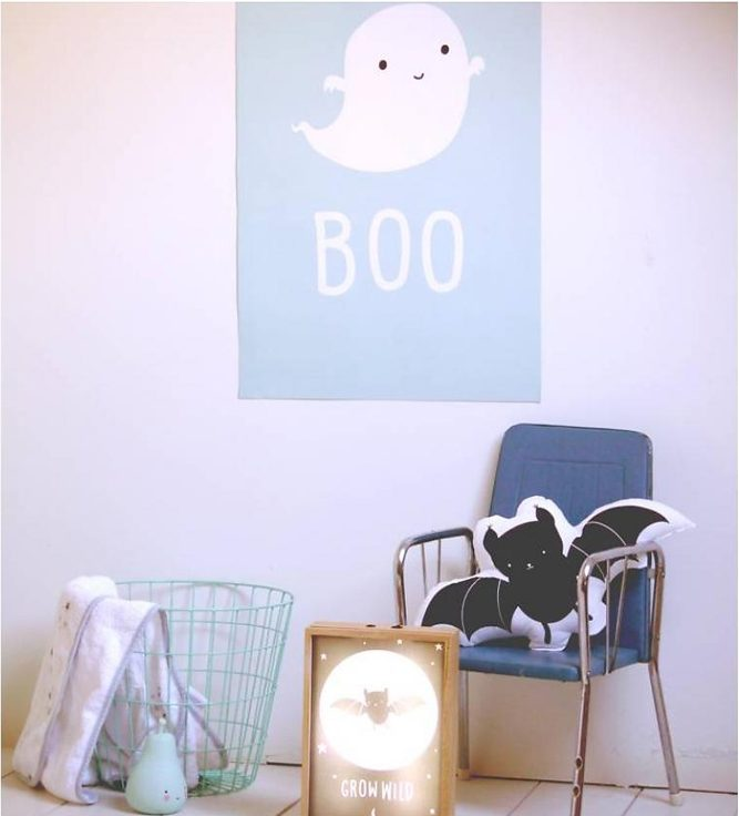 a-little-lovely-company-poster-ghost-1
