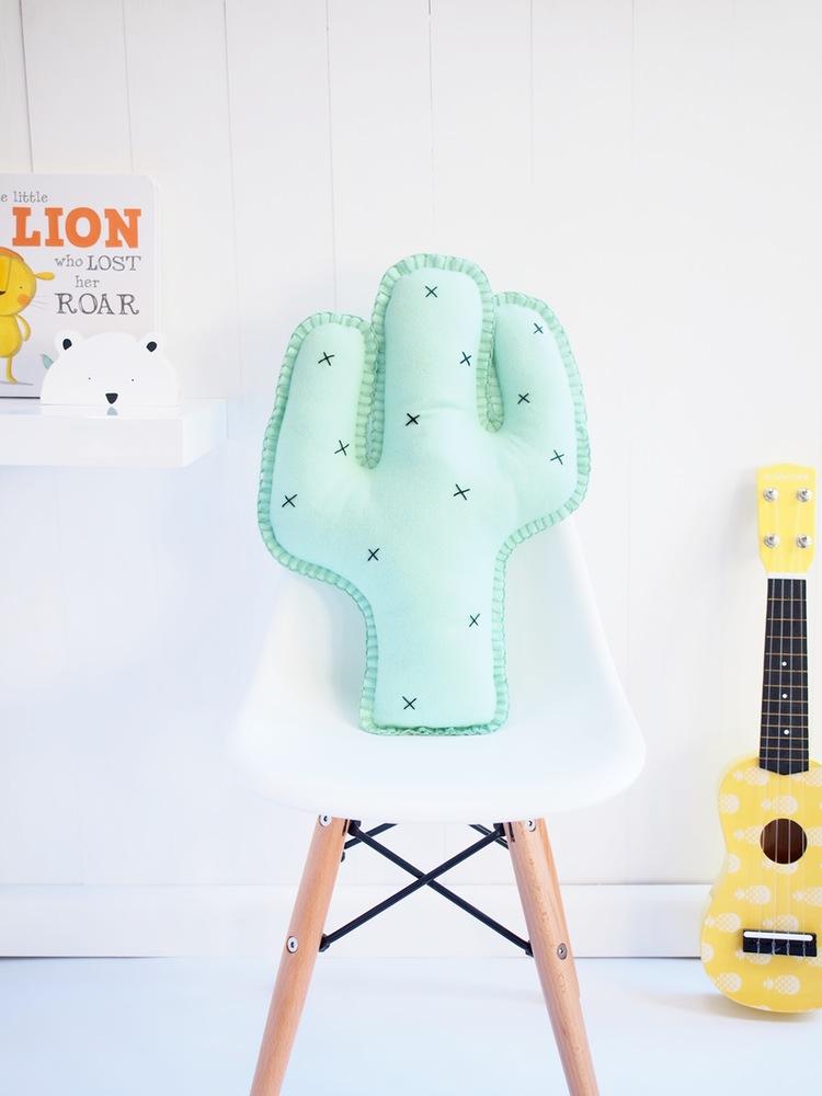 booandbear-cactus-wool-felt-cushion
