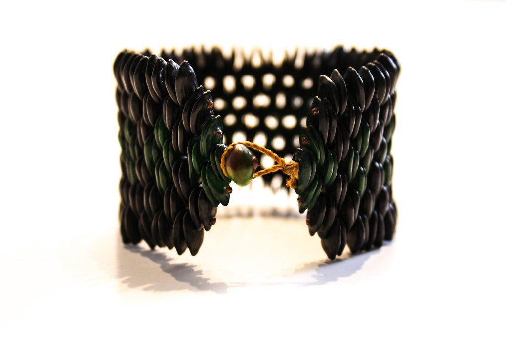 pataxo-bracelet-xapiri