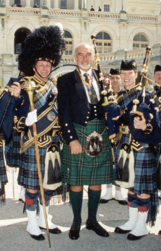 A photo of Sean Connery with members of the United States Air Force Reserve's Pipe and Drum Band in Washington, DC. The occasion was Tartan Day, 2004. Source: http://en.wikipedia.org/wiki/Image:ConneryKilt.jpg , uploaded there by en:User:CantStandYa