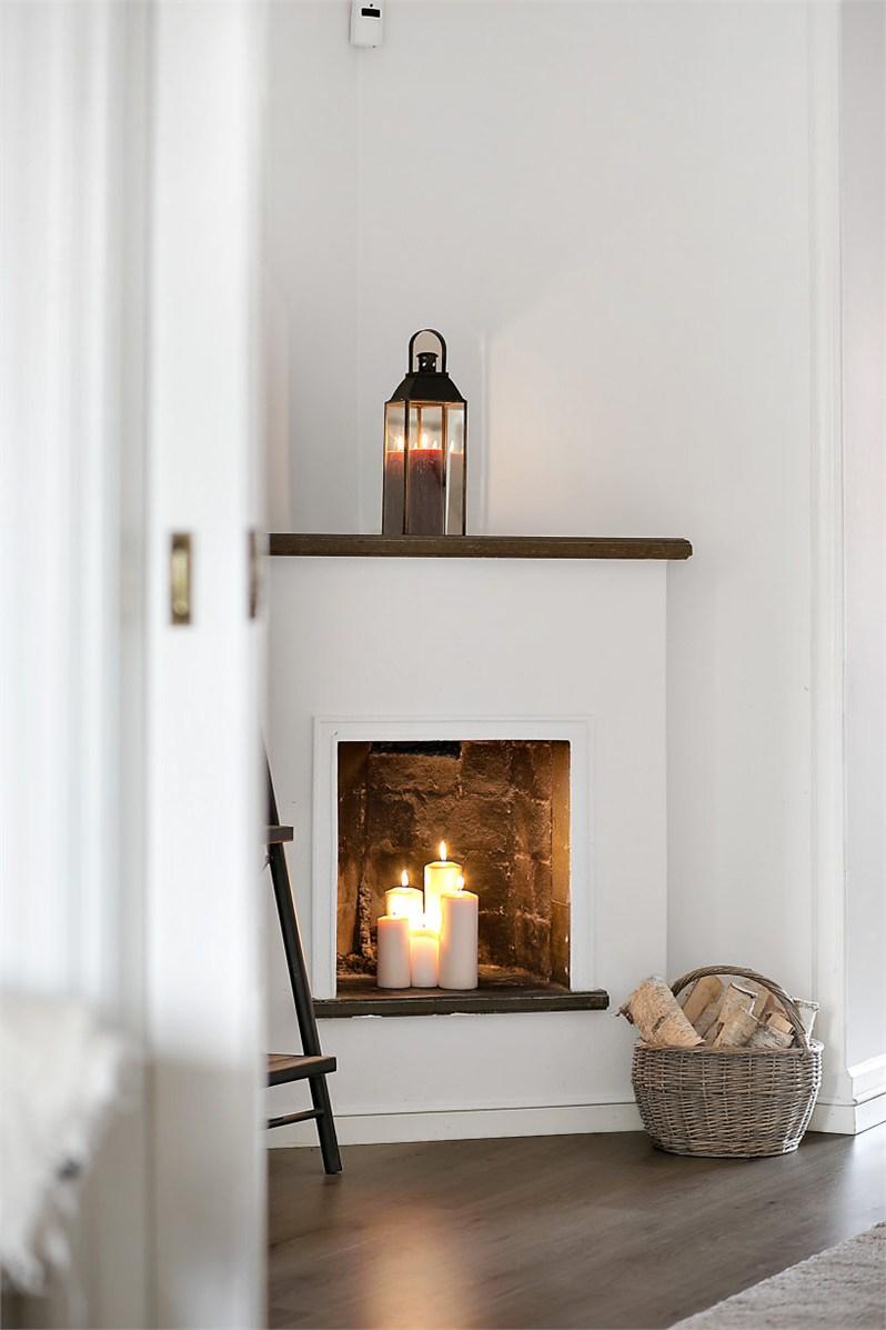 home sweet home avec une chemin e hors d 39 usage. Black Bedroom Furniture Sets. Home Design Ideas