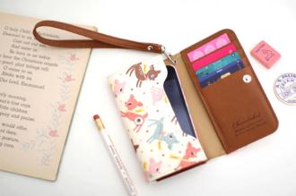 vintage-pattern-smartphone-wallet