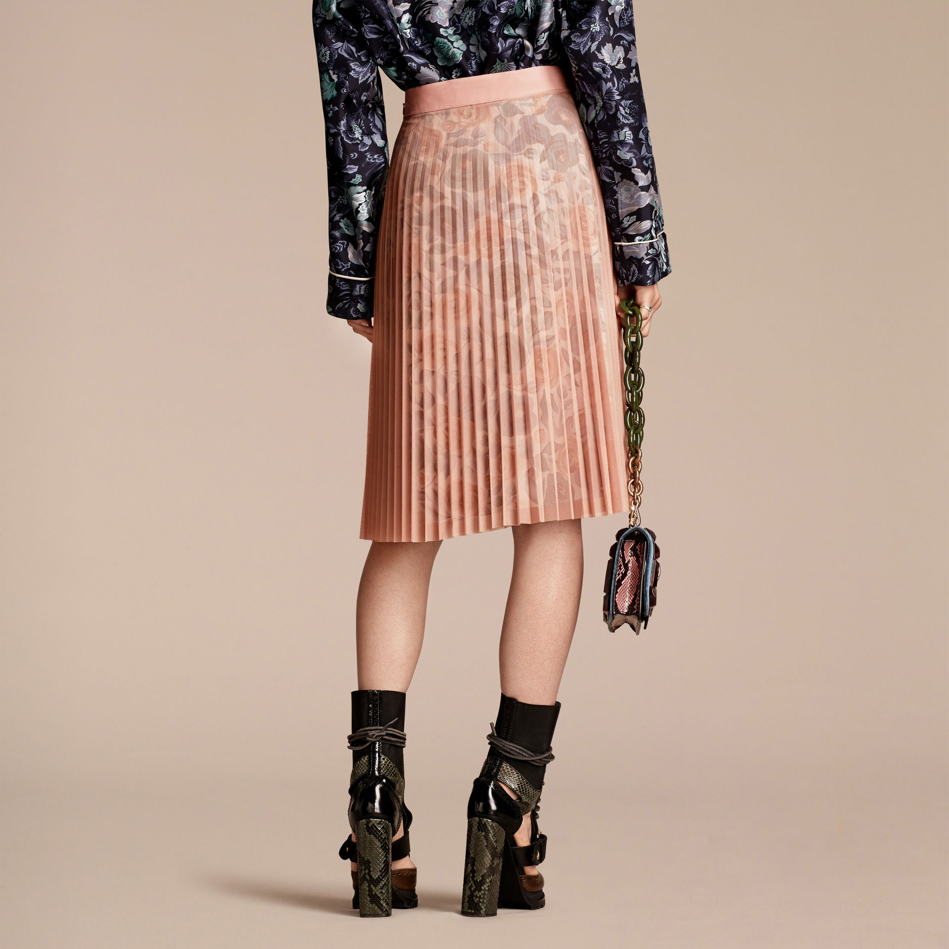 burberry-watercolour-rose-printpleated