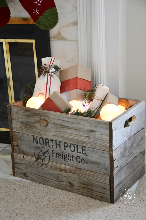Christmas Crate | Christmas Decor // The Idea Room