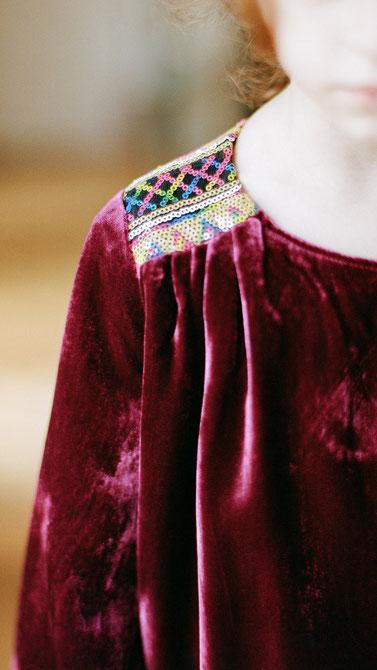 miss-de-mars-robe-precieuse-detail-collection-ah-16-17