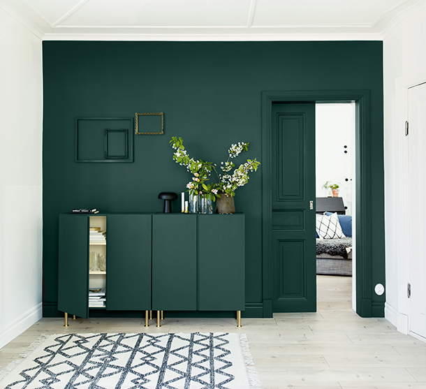 sadolin_minimakeover-q3_cabinet_accent-wall_2