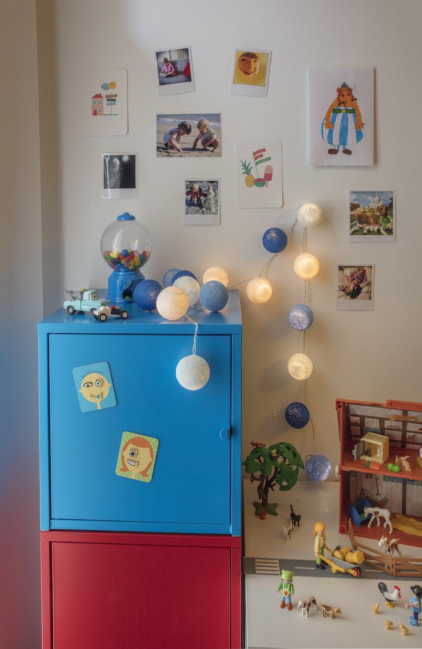 chambre d 39 enfant la petite case de cousin paul plumetis magazine. Black Bedroom Furniture Sets. Home Design Ideas