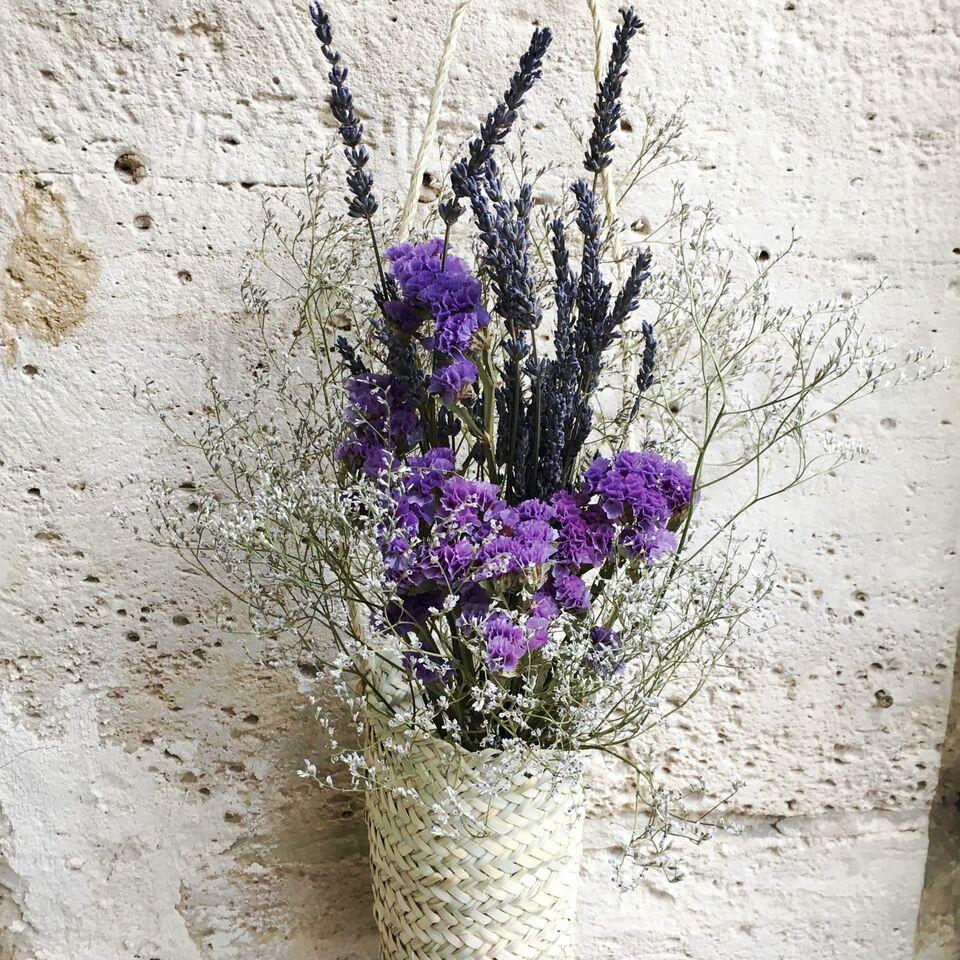 un bouquet de fleurs s ch es pour f ter le presque printemps plumetis magazine. Black Bedroom Furniture Sets. Home Design Ideas