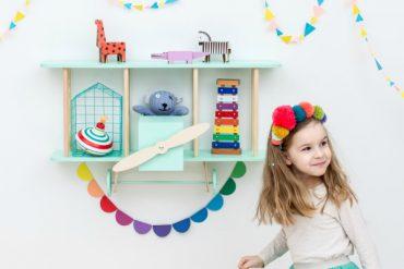 Up! Warsaw, des étagères déco dessinées pour les enfants