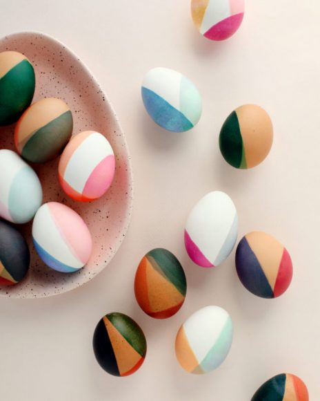 DIY Modern Color-Blocked Easter Eggs // Oh So Beautiful Paper