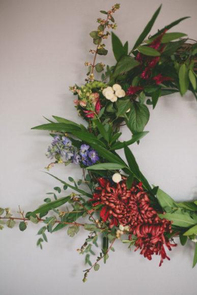 DIY Organic Holiday Wreath // Style me Pretty